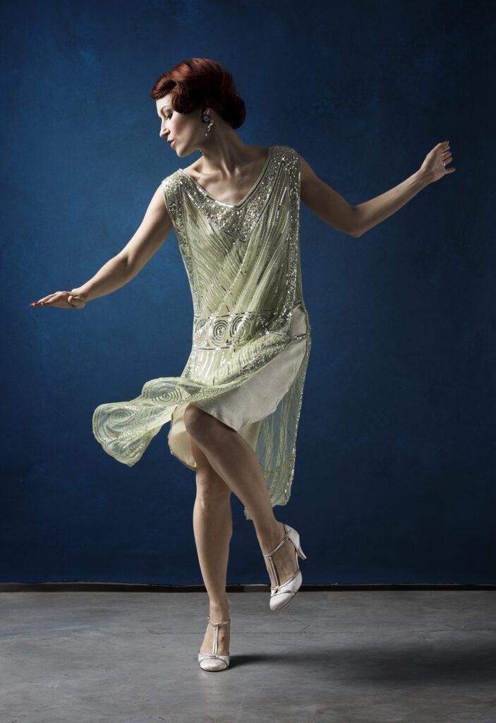 Ksenia Parkhatskaya ballerina di fama mondiale degli anni '20 Charleston.